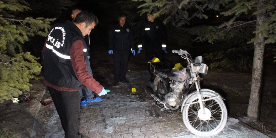 Karaman'da çalıntı motosiklet yanmış halde bulundu