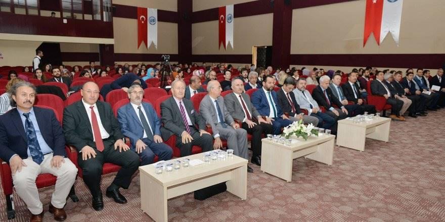 KMÜ'de 1. Karaman Uluslararası Dil ve Edebiyat Kongresi