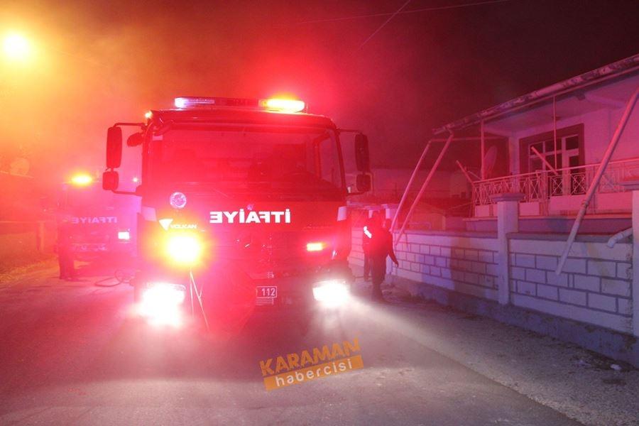 Karaman'da Karlı Gecede Korkutan Yangın 1