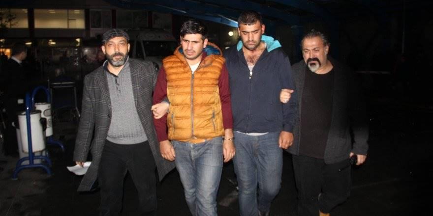 Konya'da Alacağını Silah Zoruyla İstediği İddia Edilen İki Kardeş Yakala
