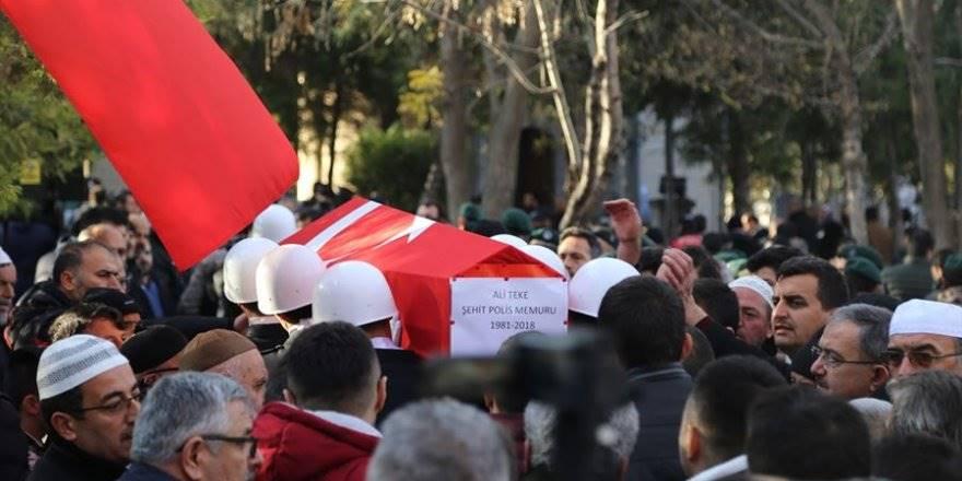 Konya'daki Şehit Polis Son Yolculuğuna Uğurlandı