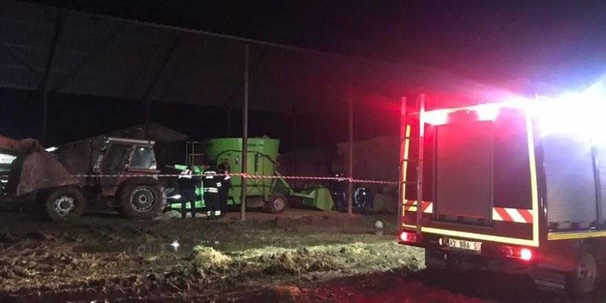 Konya'da Traktörün Şaftına Sıkışan İki Küçük Kardeş Hayatını Kaybet