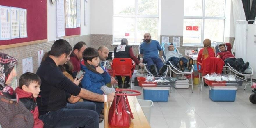 Karaman Kale İlkokulu ve Türk Kızılayı Kan Bağışı Kampanyası Gerçekleşti