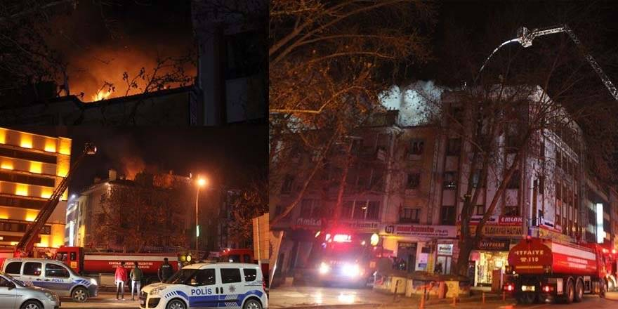 Konya'da İş Merkezinin Çatısı Alev Alev Yandı