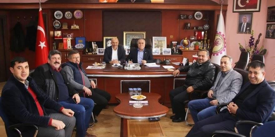 Belediye Başkanı Ertuğrul Çalışkan Karaman ESOB ve Oda Başkanlarıyla Bir