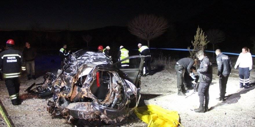 Konya'da Bebek Bekleyen Doktor Çift Trafik Kazasında Hayatını Kaybe