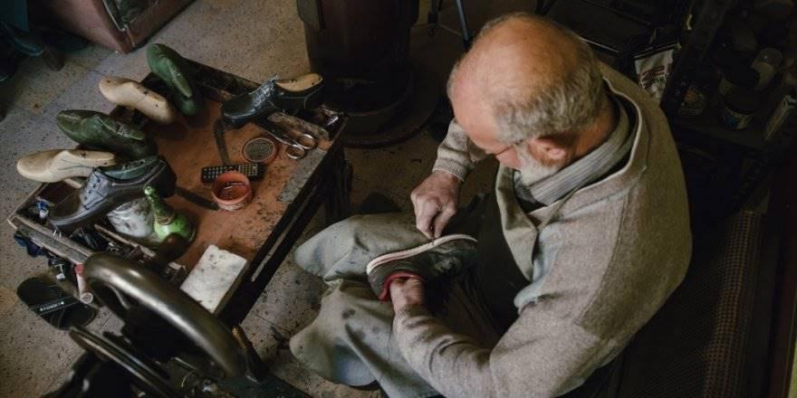 Konya'da Yarım Asırlık Ayakkabı Tamircisi İlk Günkü Aşkla Çalışıyor