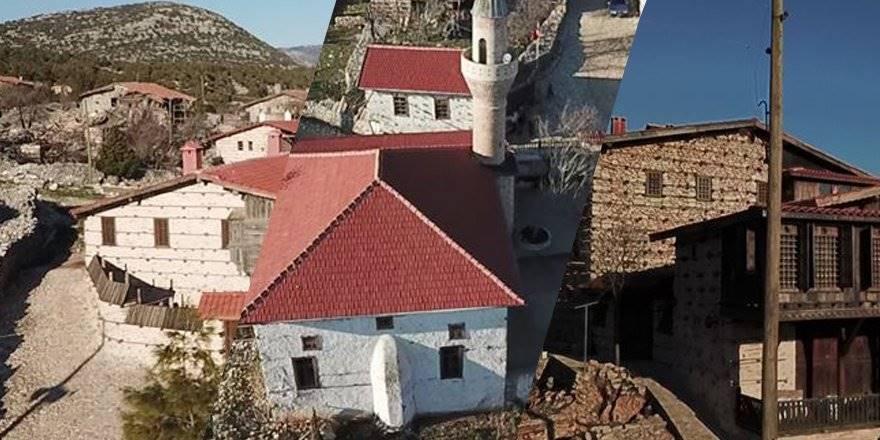 Tarihi Düğmeli Evler Tarihe Meydan Okuyor