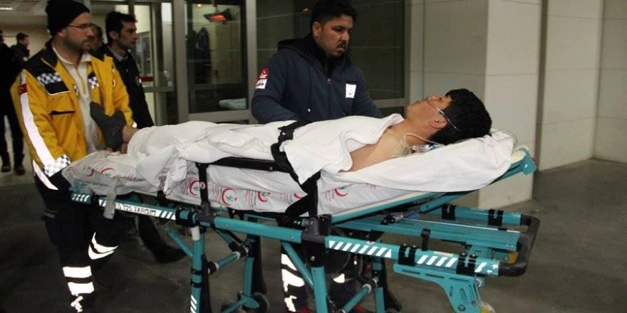 Karaman'da Çıkan Kavgada Bıçaklanan Afganistanlı Genç Ağır Yaraland