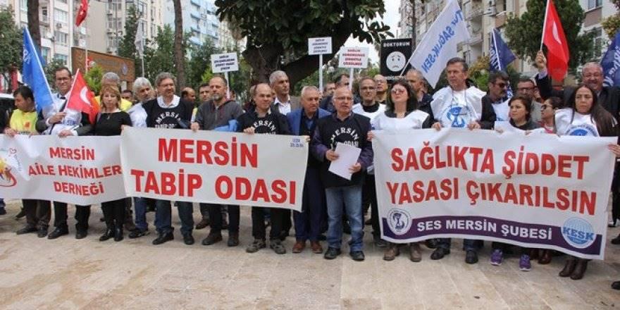 Mersin'de Aile Hekimleri Bir Günlük İş Bırakma Eylemi Yaptı
