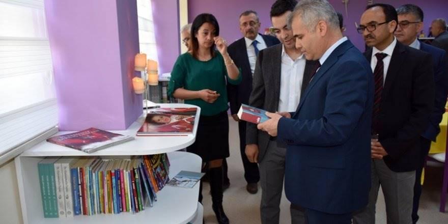 Karaman TOKİ Ortaokulunun Kütüphanesi Kapılarını Öğrencilerine Açtı