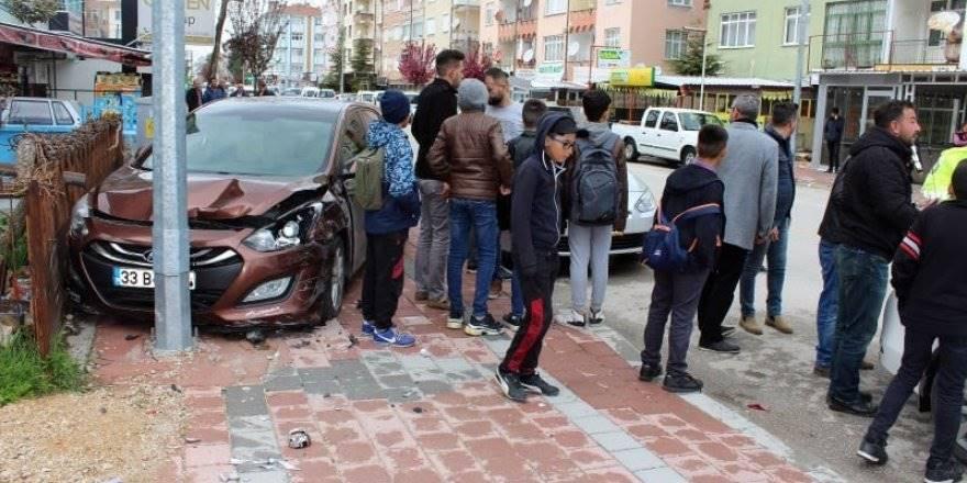 Karaman'da Trafik Kazası Korkuttu