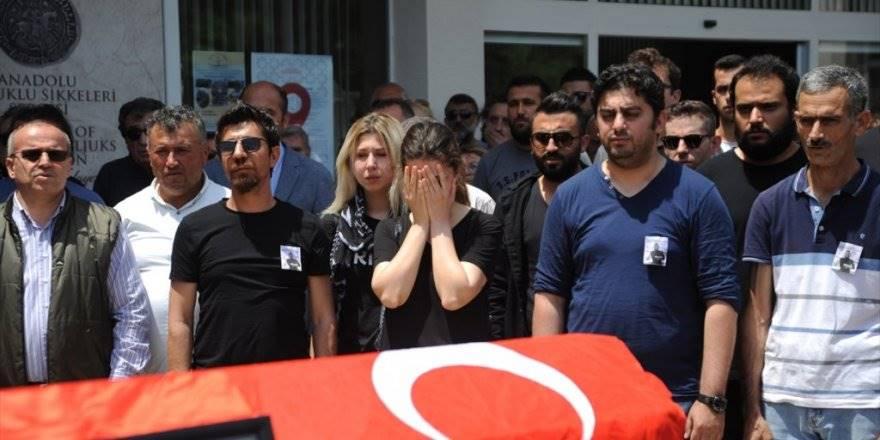 Antalya'da Öldürülen Arkeolog İçin Müze Önünde Tören