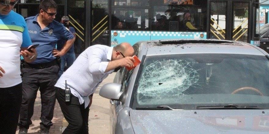 Antalya'da Darp İntikamını Otomobilden Aldılar