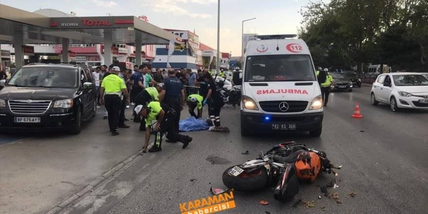 Konya'da Motosiklet İle Otomobil Çarpıştı 1 Ölü