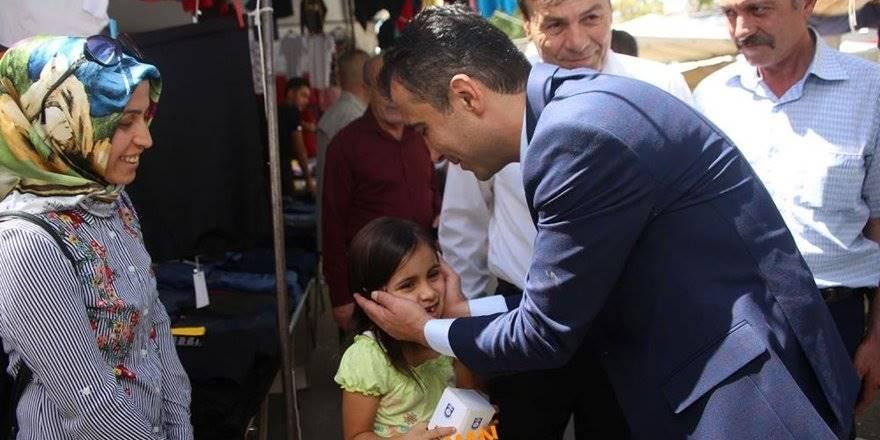 Karaman Belediye Başkanı Savaş Kalaycı Cumartesi Halk Pazarında