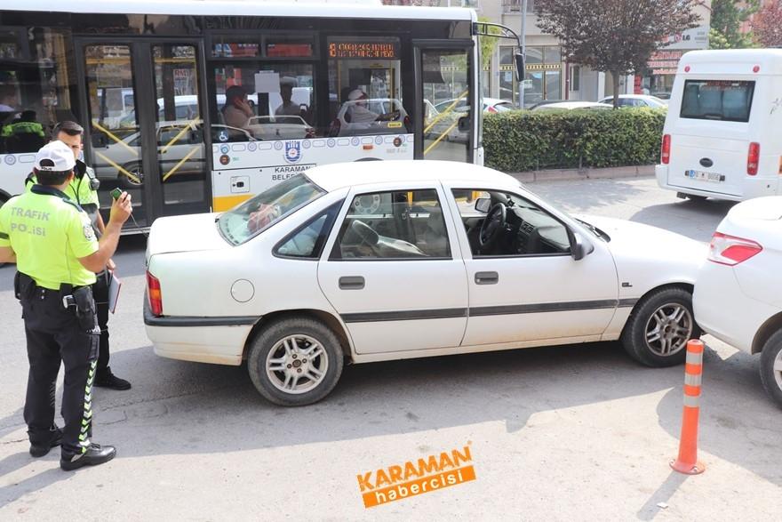 Karaman'da direksiyon başında rahatsızlanan vatandaş hayatını kaybe 1