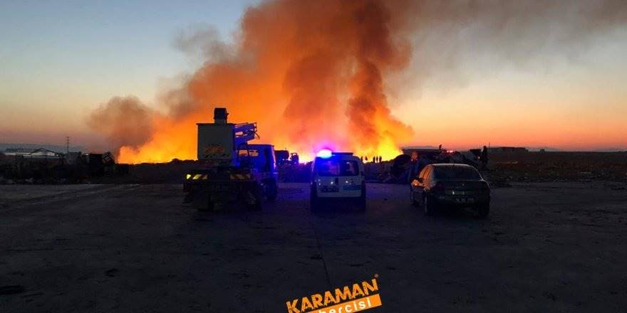Karaman'da Yükselen Dev Alevler Korkuttu