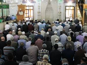 Ramazan Ayı'nın Son Cuma Namazı Kılındı