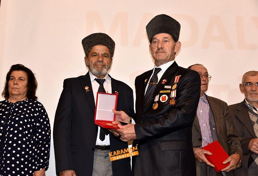 Kıbrıs Barış Harekâtına Katılan Gazilerimize Milli Mücadele Madalya Ve B 6