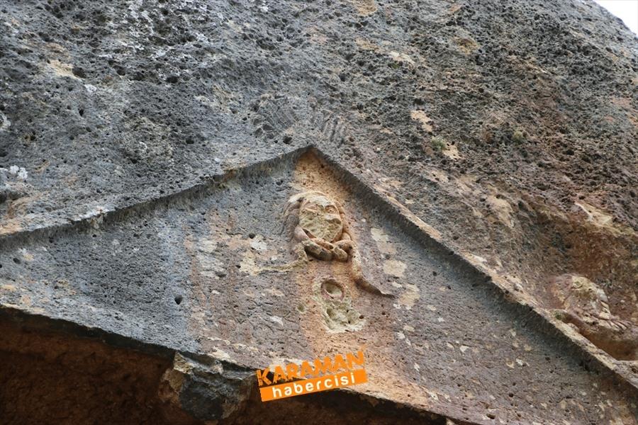 Medusa Figürlü Kaya Mezarları Göktepe'de Ziyaretçilerini Bekliyor 7