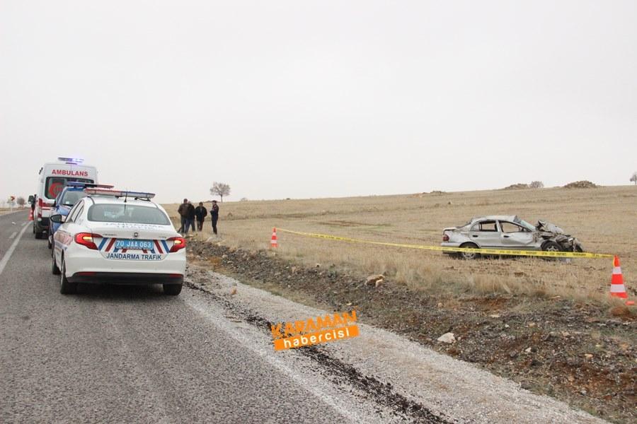 Karaman'da Trafik Kazası : 1 Ölü 1 Yaralı 8