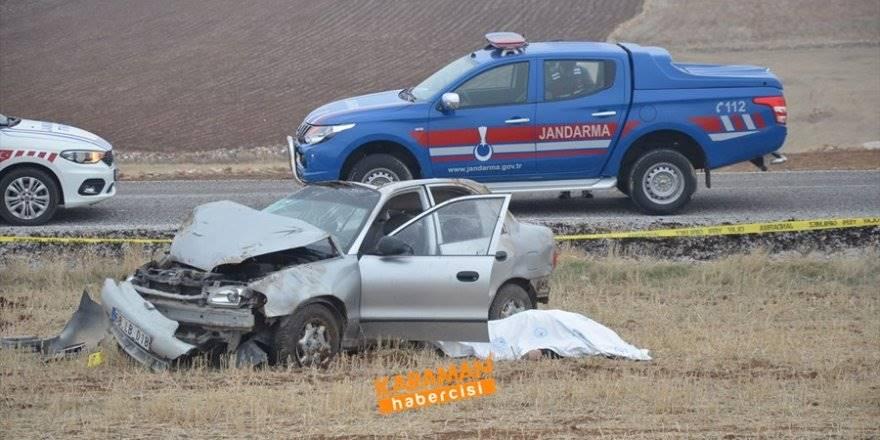 Karaman'da Trafik Kazası : 1 Ölü 1 Yaralı
