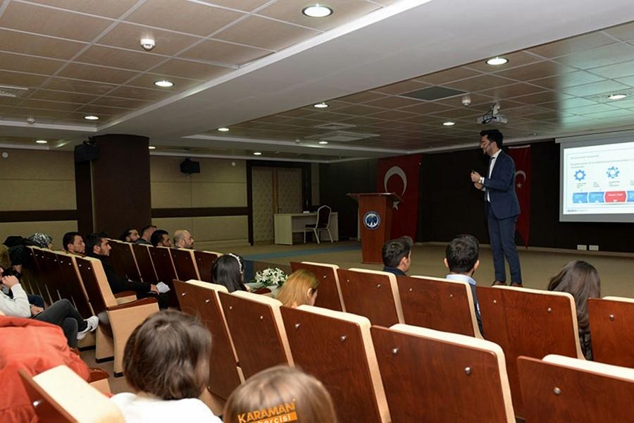KMÜ'de Sosyal Girişimcilik Konferansı Verildi 8