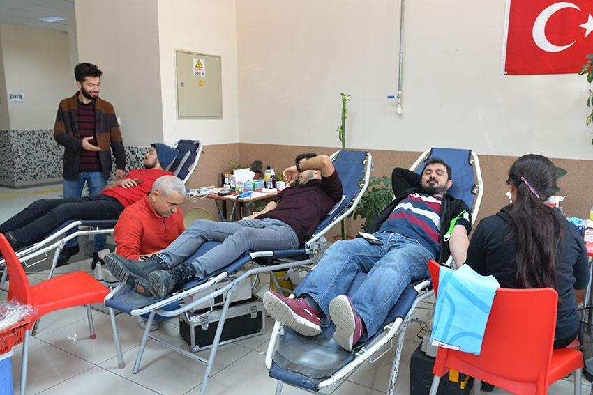 KMÜ'de Kan Bağışı Ve Kök Hücre Kampanyası 6
