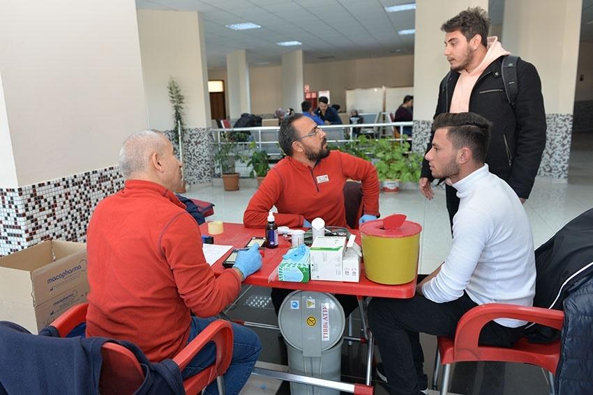 KMÜ'de Kan Bağışı Ve Kök Hücre Kampanyası 8