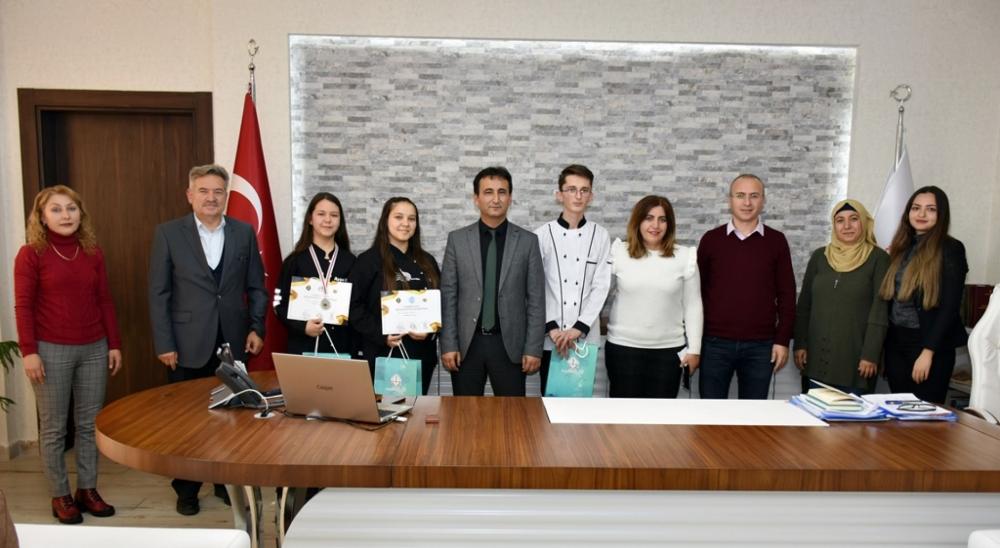 Karaman'ın Usta Şefleri Ankara'dan Dereceyle Döndüler 1