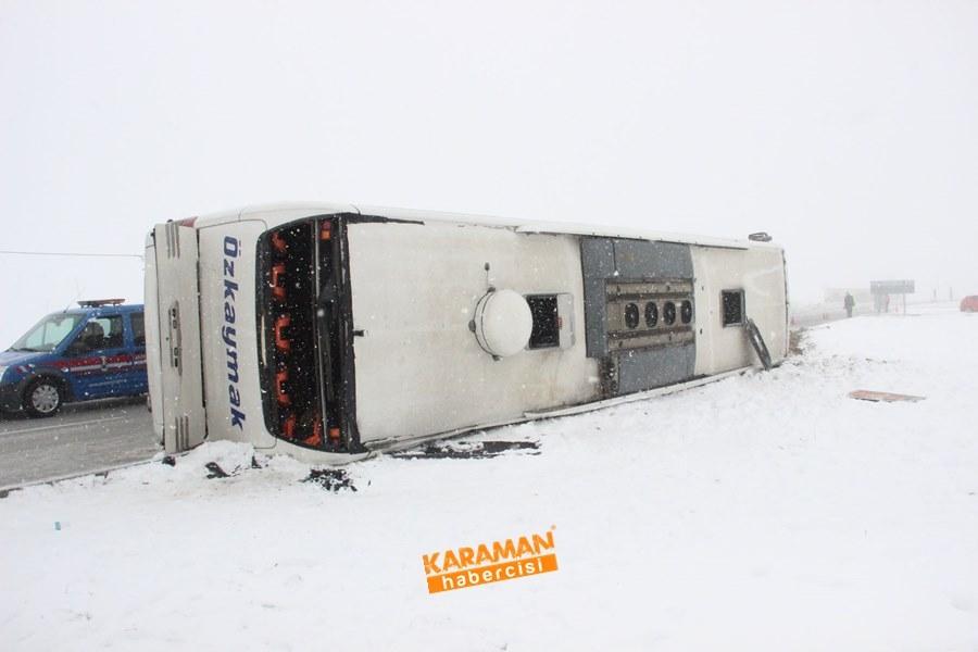 Karaman'da Yolcu Otobüsü Devrildi: 25 Yaralı 7