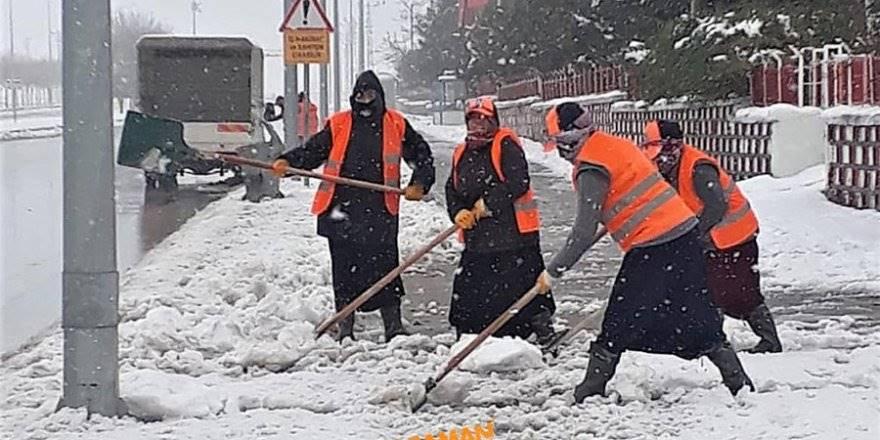 Karaman'da Belediye Ekiplerinin Yoğun Mesaisi