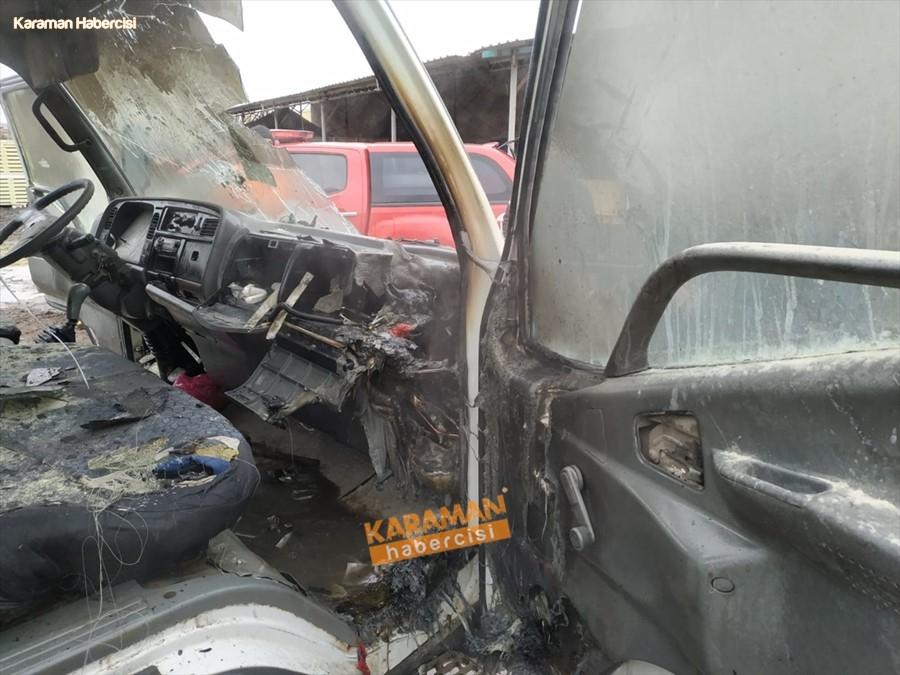 Karaman'da Kamyonet Yangını 3