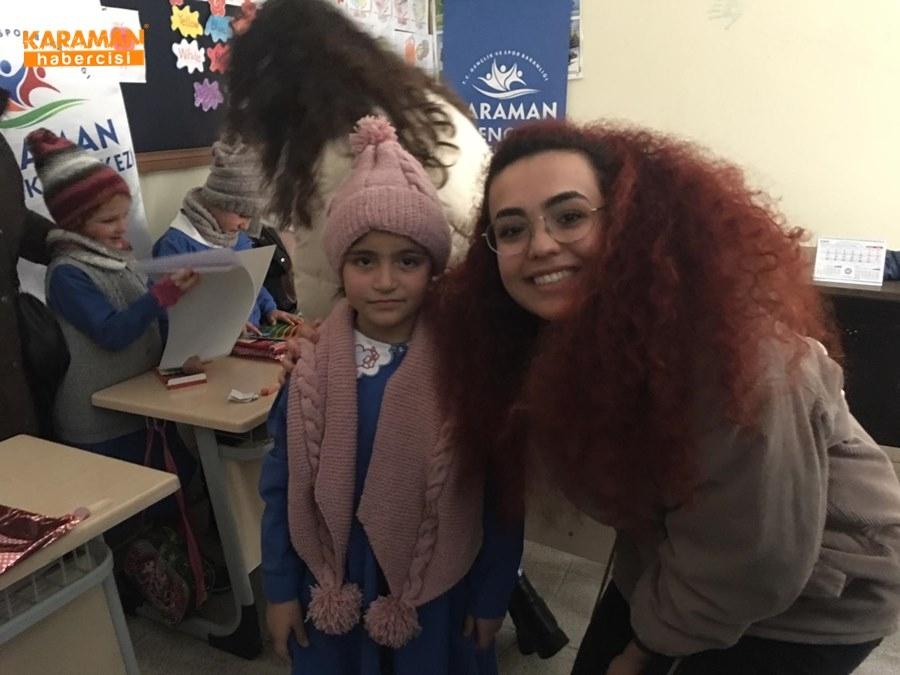 Karaman'da Öğrenciler İçin Atkı ve Bere Ördüler 31