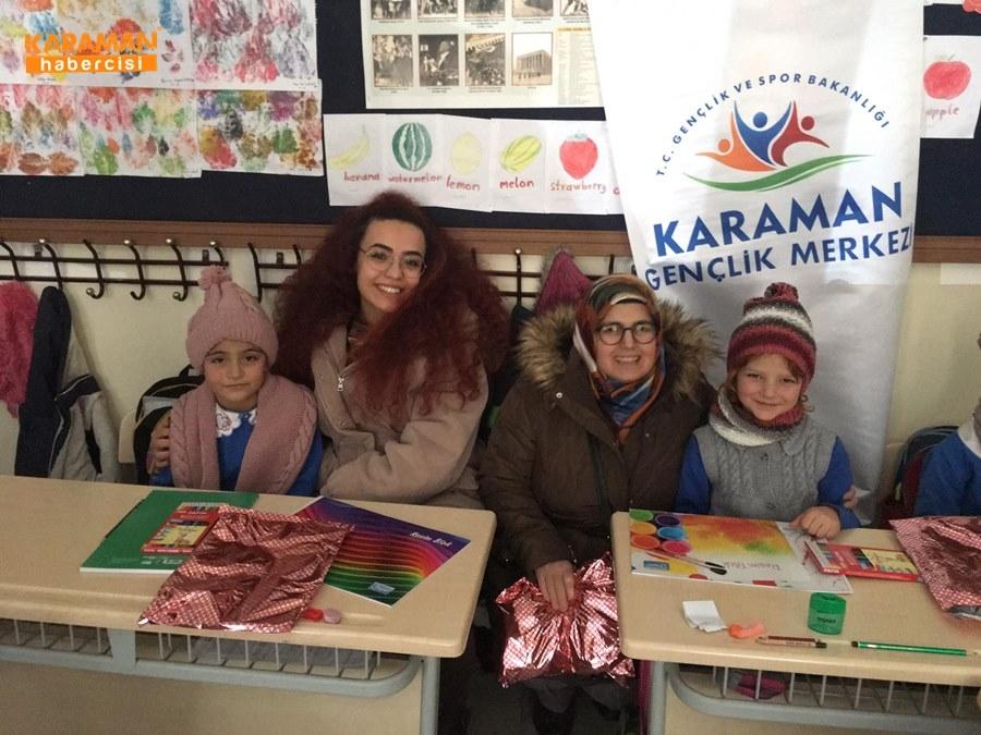 Karaman'da Öğrenciler İçin Atkı ve Bere Ördüler 35