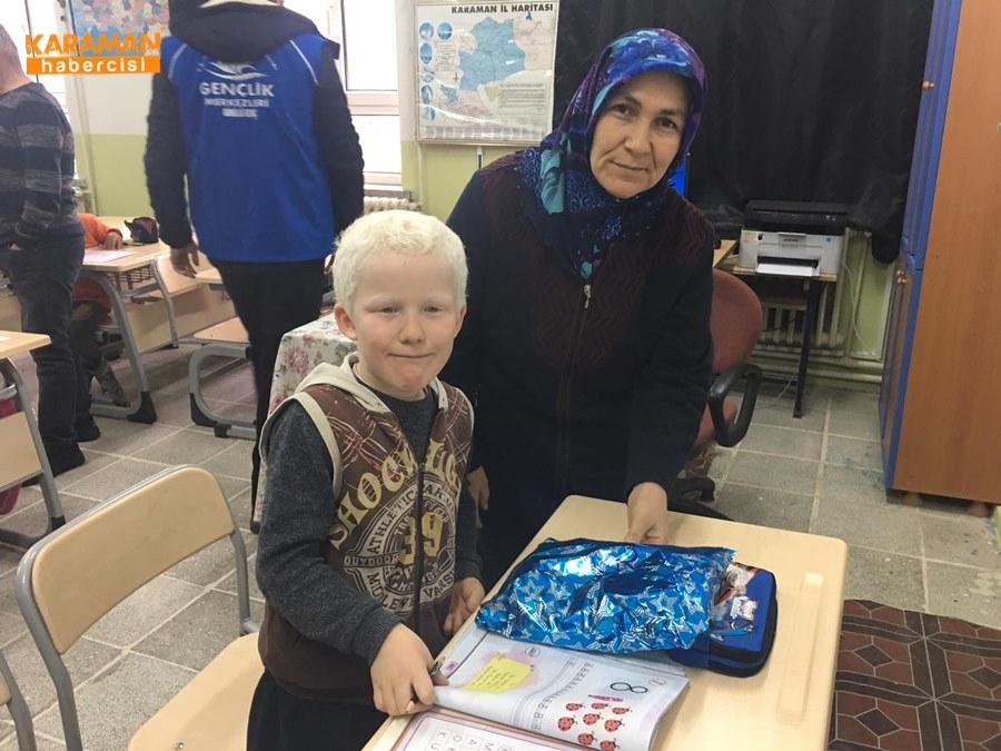 Karaman'da Öğrenciler İçin Atkı ve Bere Ördüler 38