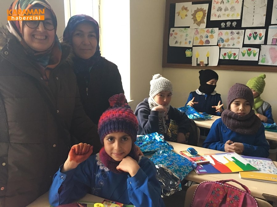 Karaman'da Öğrenciler İçin Atkı ve Bere Ördüler 5