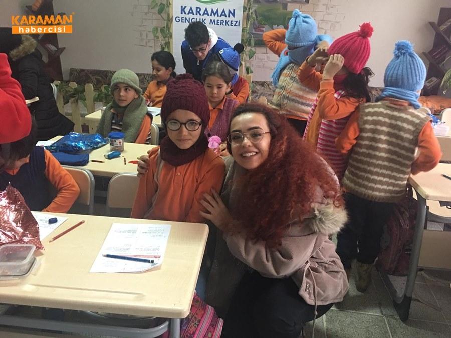 Karaman'da Öğrenciler İçin Atkı ve Bere Ördüler 6