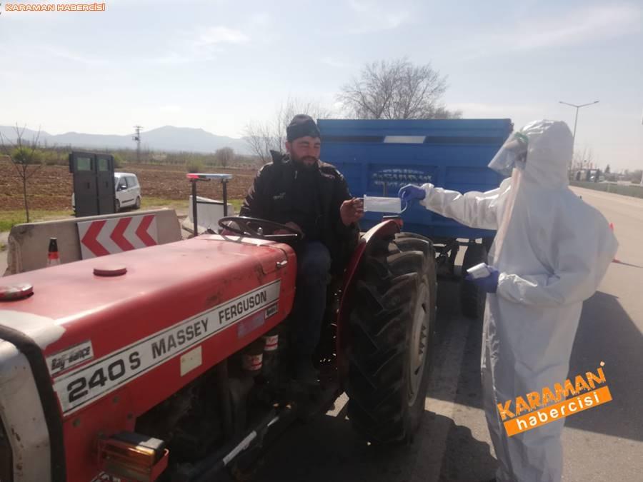 Karaman'da Maske Dağıtımı 6
