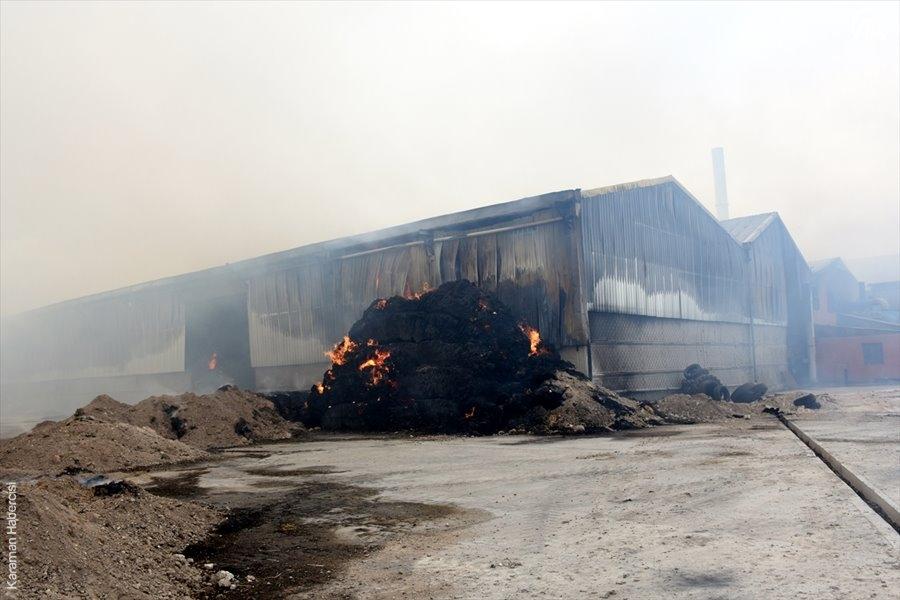 Aksaray'da Yem Fabrikası Yangını 1