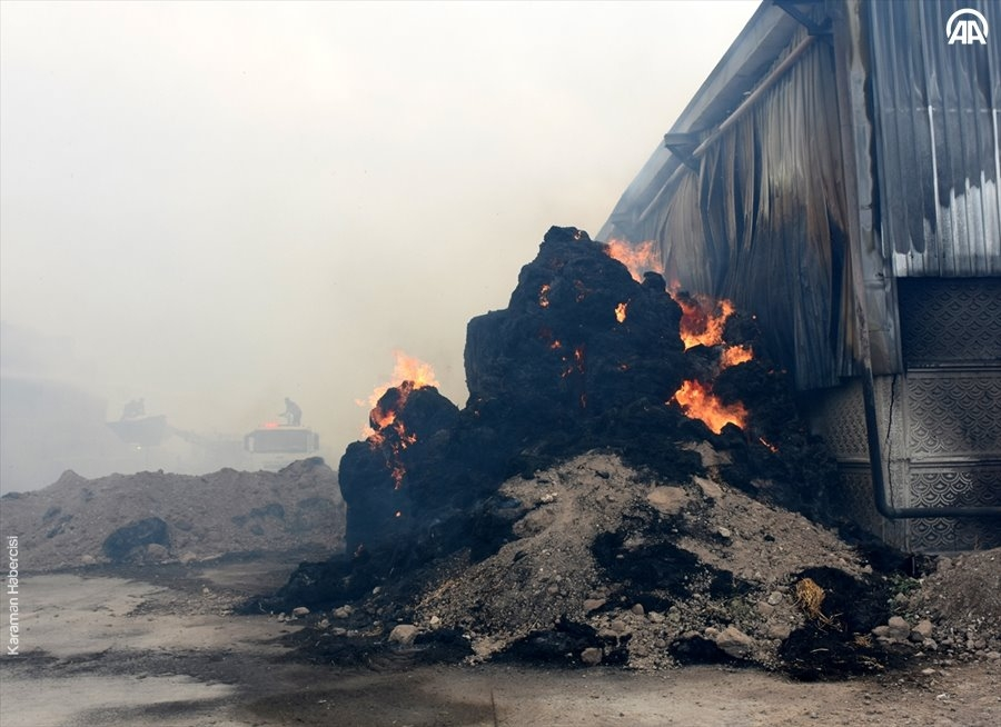 Aksaray'da Yem Fabrikası Yangını 4