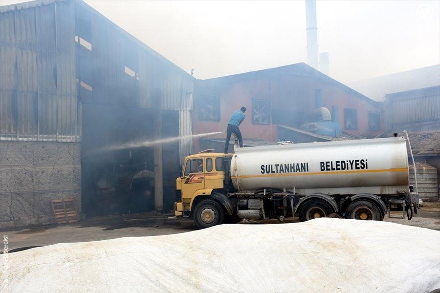Aksaray'da Yem Fabrikası Yangını 6