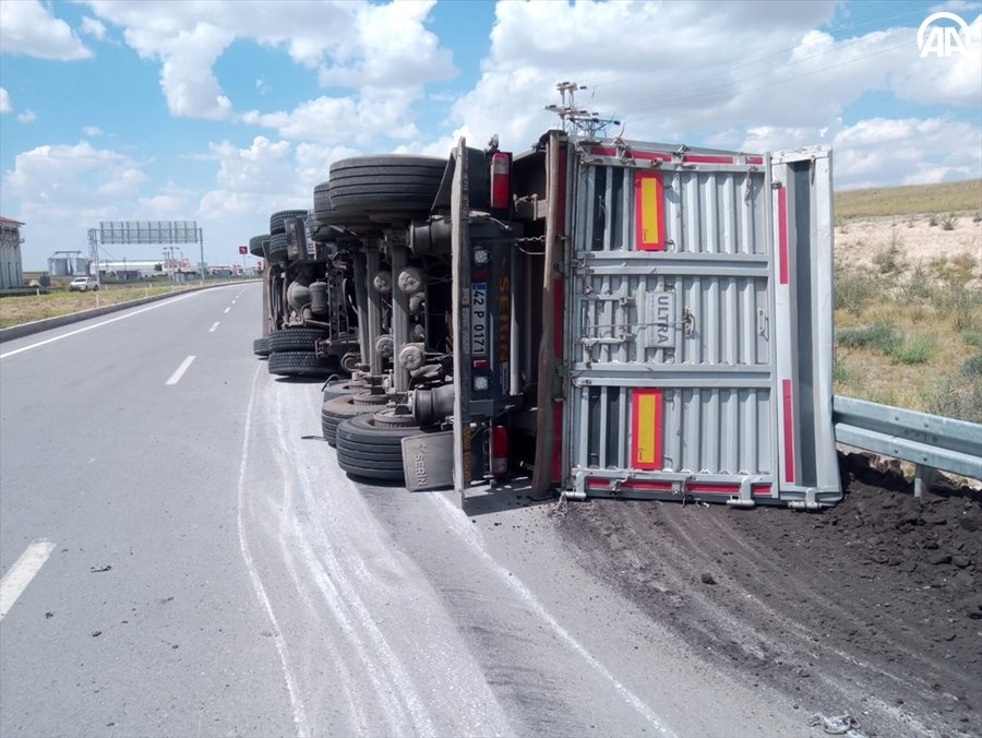 Konya Yunak'ta Trafik Kazası 1