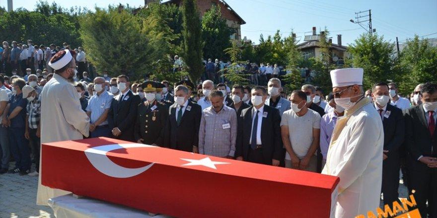 Sözleşmeli Piyade Er Mustafa Ahmet Demir, memleketi Karaman'da son