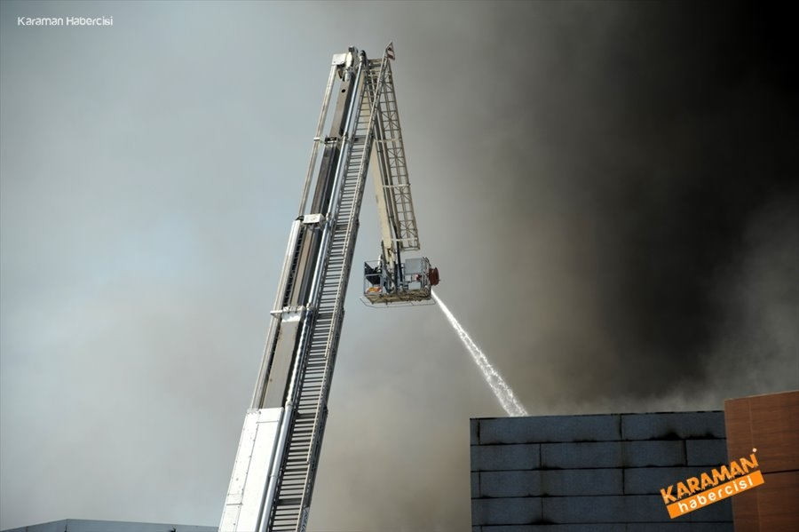 Antalya'da Fabrika Yangını 8