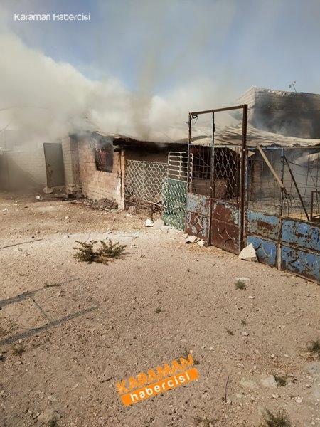 Karaman'da Ahır Yangını 9