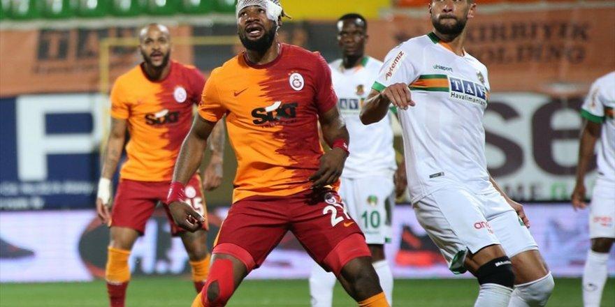 Süper Lig Aytemiz Alanyaspor Galatasaray Maçı