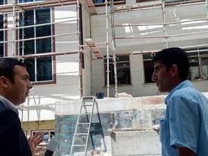 Kaymakam Tabakcıoğlu, Yapımı Devam Okulları İnceledi