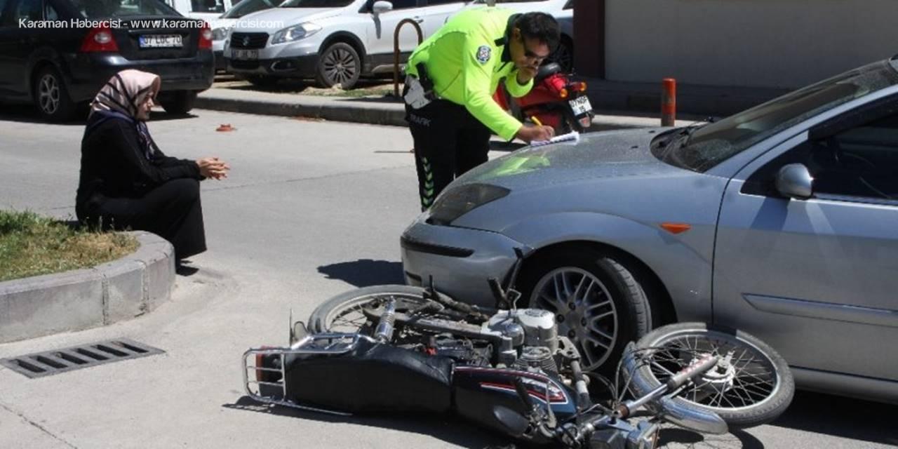 Antalya'da Hastane Girişinde Trafik Kazası